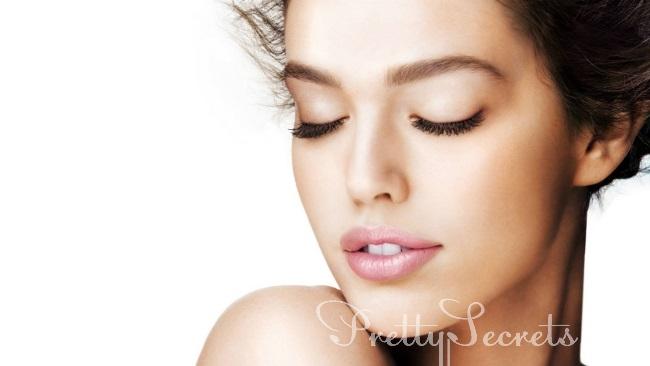 7 мифов о прыщах, которые мешают вам обрести чистую кожу