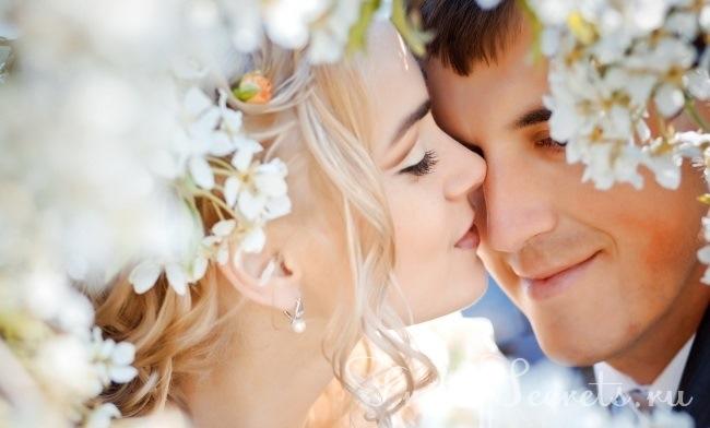 Через какие чувства проходит каждая женщина в своей любовной жизни