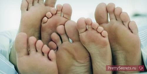 Как лечить мозоли на пальцах ног?